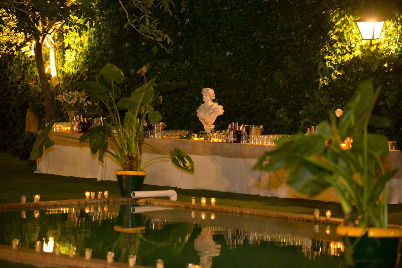 iluminación de fuente en boda